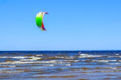 Heilige-Petersburg Rusland 05 27 2018 Kitesurfing kampioenschap van Rusland Royalty-vrije Stock Foto