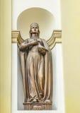 Heilige Prinses Olga Beeldhouwwerk, bas-hulp op de voorgevel van de Kathedraal van de Verrijzenis, ivano-Frankivsk royalty-vrije stock afbeeldingen