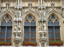Heilige standbeelden van de Plaats van Brussel de Grote Stock Afbeelding