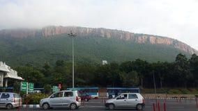 Heilige Tirumala-Hügel bei Tirupati lizenzfreies stockbild