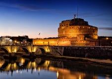 Heiliges Angelo Castle und St. Angelo Bridge in Rom, Italien Lizenzfreie Stockfotos