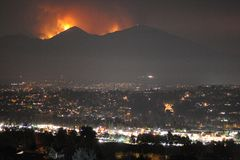Heiliges Feuer, Orange County, Kalifornien, USA, am 9. August 2018 lizenzfreies stockbild