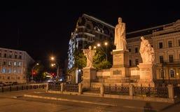 Heiliges Michael Monastery in Kiew nachts Stockbilder