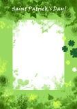 Heiliges Patrics Taggrunge Hintergrund, Grün, mit Blumen Stockfoto