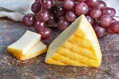 Heiliges Paulin sahnig, milder, halbweicher französischer Käse gemacht von der pasteurisierten Kuhmilch, ursprünglich gemacht von lizenzfreies stockfoto