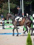 HEILIGES PETERSBURG 5. JULI: Rider Andrius Petrovas auf Complimento Lizenzfreie Stockfotografie