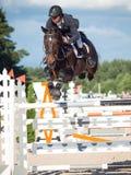 HEILIGES PETERSBURG 5. JULI: Rider Andrius Petrovas auf Complimento Lizenzfreie Stockbilder