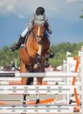 HEILIGES PETERSBURG 5. JULI: Rider Gunnar Klettenberg auf Lanse S herein Lizenzfreies Stockbild