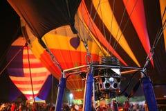 Heißluft-Ballone u. Brenner-Detail an einem jährlichen Ballon-Glühen in Arizona Stockbild
