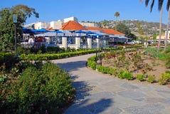 Heisler parkerar trädgårdar och gångbanan, Laguna Beach, Kalifornien Arkivbild