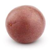 Hel passionfrukt som isoleras på vit Arkivbild