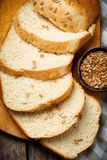 Hel vetesolros Honey Oatmeal Bread Lantlig stil Arkivbilder