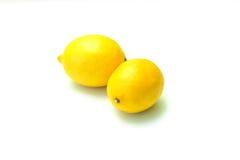 hela citroner två Royaltyfri Fotografi