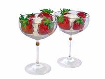 Helado de fresa en copa Foto de archivo libre de regalías
