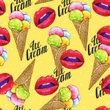 Helado de las bolas en un cono de la oblea con los labios femeninos rosados en un fondo amarillo Bosquejo del trabajo hecho a man Fotos de archivo