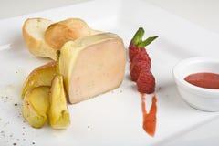 Helados de helado del melocotón o del mango con la frambuesa Fotografía de archivo libre de regalías