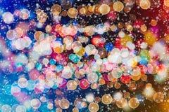 Helder abstract cirkelbokehonduidelijk beeld als achtergrond op een donkere achtergrond Royalty-vrije Stock Fotografie