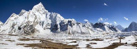 Helder Himalayagebergte stock afbeeldingen