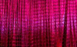 Helder Roze en Purper Weerspiegelend Metaal Glanzend Gordijn royalty-vrije stock fotografie