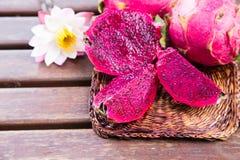 Helder sappig tropisch rood draakfruit Draakfruit of Pitaya i Stock Fotografie
