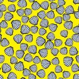Helder vector naadloos patroon met zeeschelpen Royalty-vrije Stock Afbeeldingen