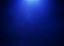 Heldere Blauwe nevelsfeer op Zwarte Achtergrond Royalty-vrije Stock Afbeelding