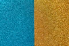 Heldere feestelijke briljante achtergrond, die uit de twee helften, blauw en goud bestaan horizontaal Exemplaarruimte voor tekst royalty-vrije stock afbeeldingen