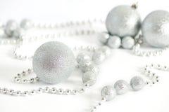 Heldere fonkelende Kerstmisballen Royalty-vrije Stock Foto