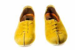 Heldere gele leerschoenen Royalty-vrije Stock Foto's