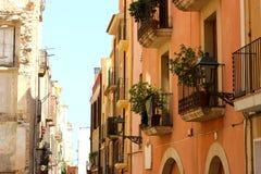 Heldere kleurrijke huizen in Spanje Royalty-vrije Stock Foto's
