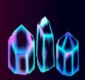 Heldere kristallen over dark Stock Afbeeldingen