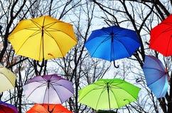 Heldere paraplu's Het concept van de vrijheid Royalty-vrije Stock Afbeeldingen