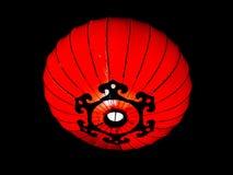Heldere rode Chinese lantaarn bij nacht Royalty-vrije Stock Fotografie