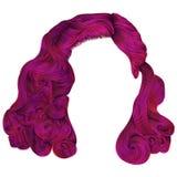 Heldere roze kleuren van in vrouwen de korte haren rand de manier is Stock Foto