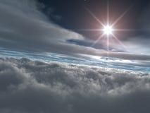 Heldere Ster boven Hemelse Wolken Stock Afbeelding