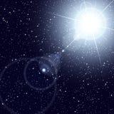 Heldere ster die in de sterrige kosmos glanst. stock illustratie