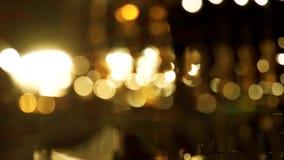 Heldere vage lichten bij nacht stock video