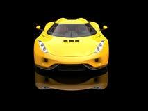 Heldere zon gele ontzagwekkende super auto in zwarte toonzaal Stock Foto's
