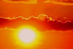 Heldere zonsondergang Stock Afbeeldingen