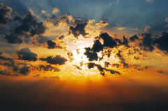 Zon in de wolken Royalty-vrije Stock Foto