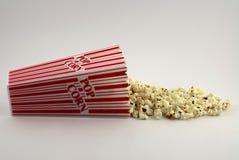 Helemaal over popcorn royalty-vrije stock foto