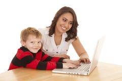 Helfen auf Computer Stockfoto