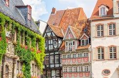 Helft-betimmerde huizen in Quedlinburg, Duitsland Stock Afbeeldingen