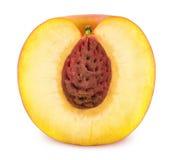 Helft van Rijpe die Nectarine op Witte Achtergrond wordt de geïsoleerd Stock Fotografie
