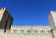 Helgon George Castle på Lissabon, Portugal Arkivfoton
