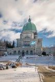 Helgon Joseph Oratory med snö - Montreal, Quebec, Kanada Arkivbild