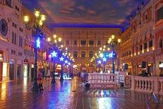 Helgon Marco Square i shoppinggalleria i det Venetian Macaoet Arkivfoto