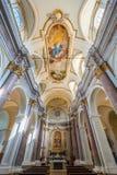 Helgon Mary Collegiate Church, Anguillara Sabazia, Rome landskap, Lazio Italien Royaltyfri Bild
