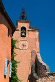 Helgon Michael Church i Roussillon Royaltyfri Fotografi