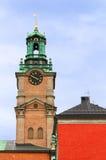 Helgon Nicholas Bell Tower, Stockholm, Sverige Royaltyfri Bild